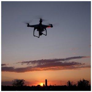 http://www.gohero.pl/DJI-Phantom-Gimbal-Quadrocopter-Dron-GoPro